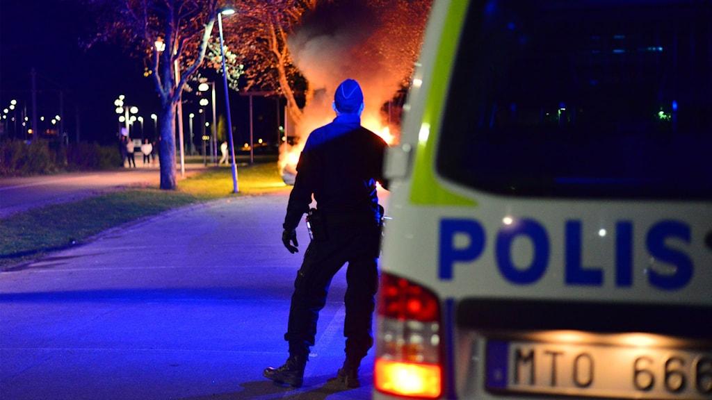 Oroliga nätter i Norrköping under den senaste tiden medför att räddningstjänsten ändrar sina insatsrutiner.