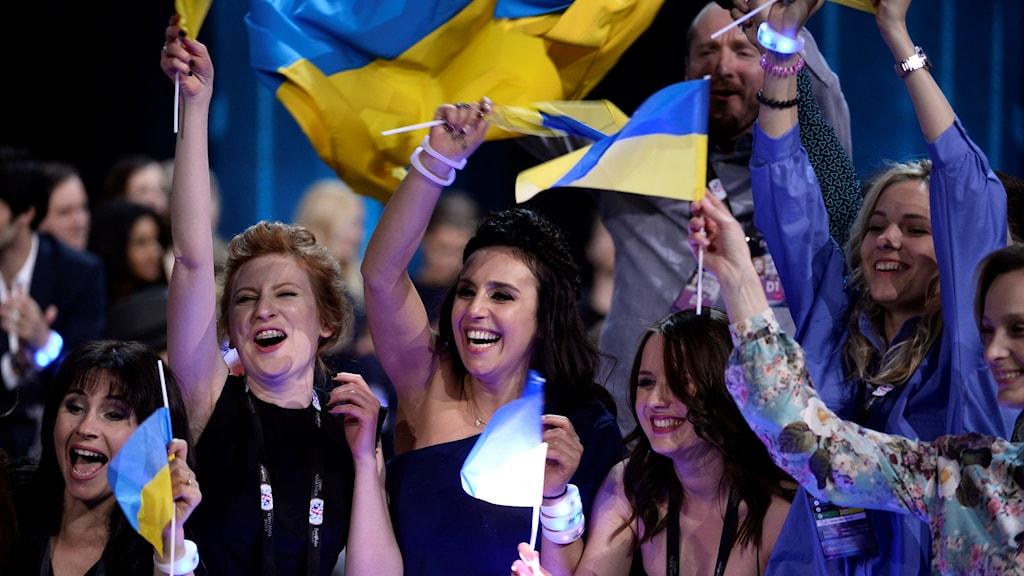 Ukrainas Jamala firar sin seger i årets Eurovision Song Contest. Foto: TT.