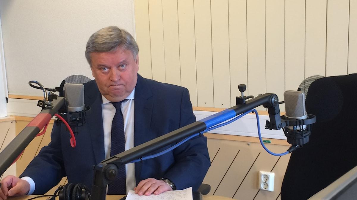 Rysslands ambassadör, Viktor Tatarintsev i Ekots Lördagsintervju.
