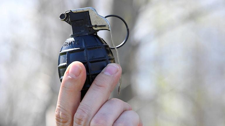 Många vill lämna sprängmedel till polisen