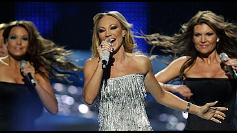 Charlotte Perelli uppträder på Melodifestivalens andra semifinal. Foto: AP/Scanpix.