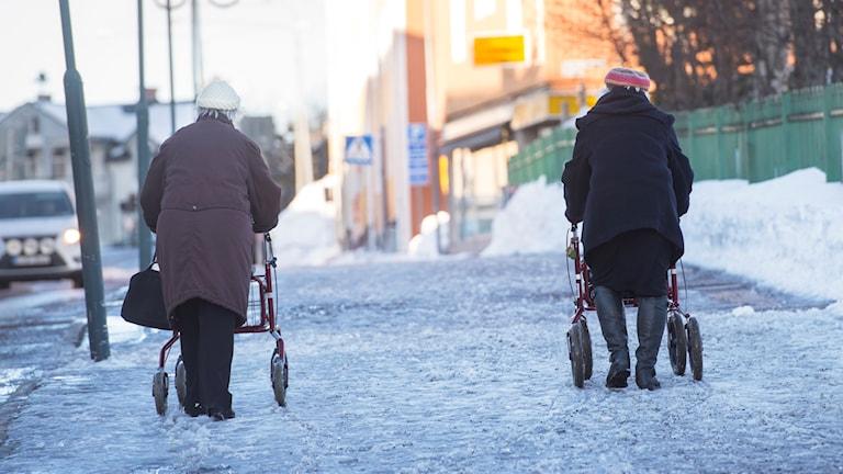 Allt fler tror att pensionen kommer senare än 65.