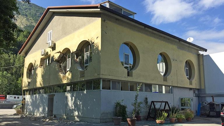 Tryffelfirman i Pescara del Tronto, som nu måste rivas.