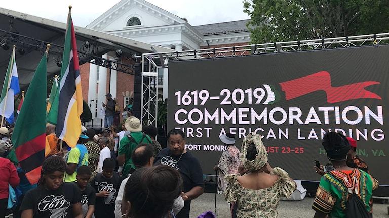 Minneshögtid i Fort Monroe, Virginia för att uppmärksamma 400-årsdagen av de första afrikanska slavarna till USA.