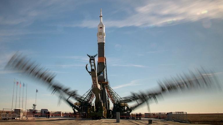 Raketen Soyuz MS-10 vid kosmodromen i Bikonur, Kazakstan.