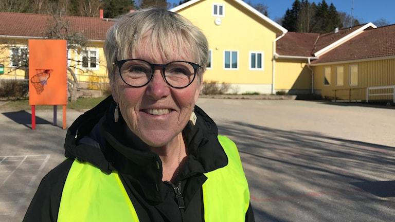 Britt-Marie Kjellgren är snart 70 och arbetar som lärare i Lysekil. Foto: Jan Andersson/Sveriges Radio