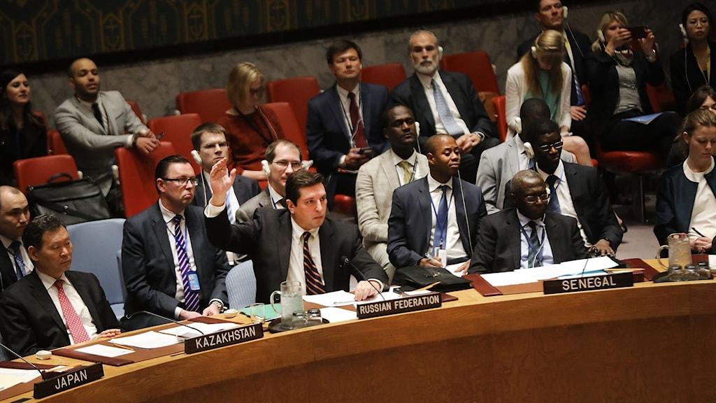 Rysslands biträdande FN-ambassadör Vladimir Safronkov röstade mot resolutionen.