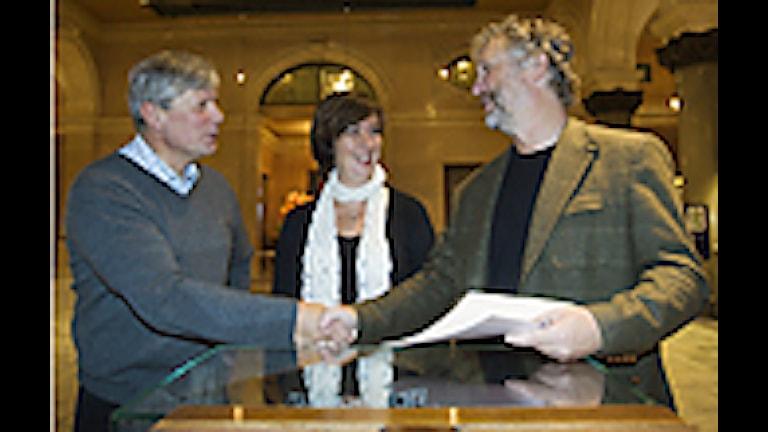 Partiledarna för vänsterpartiet, socialdemokraterna och miljöpartiet, Lars Ohly, Mona Sahlin och Peter Eriksson. Foto: Henrik Montgomery/Scanpix.