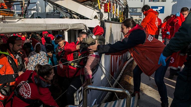 Under morgonen anlände den senaste räddningsbåten med migranter till spanskt vatten.