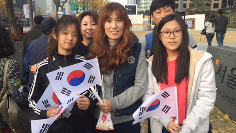 Hong Jin ah tycker att presidenten är ett dåligt föredöme och kräver att hon avgår. nytt