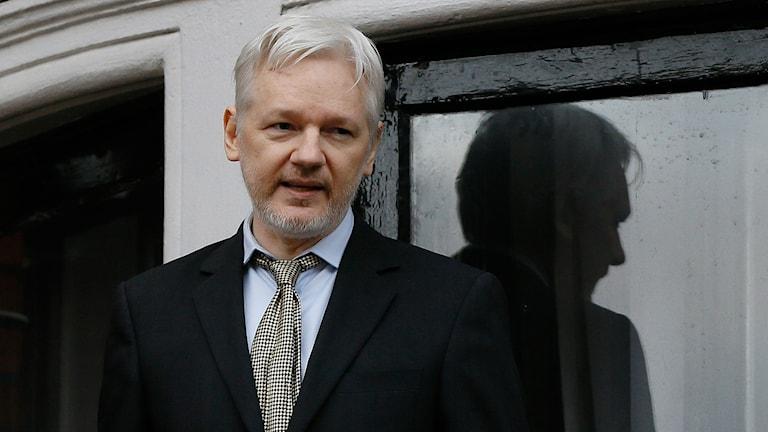Porträtt på Julian Assange.