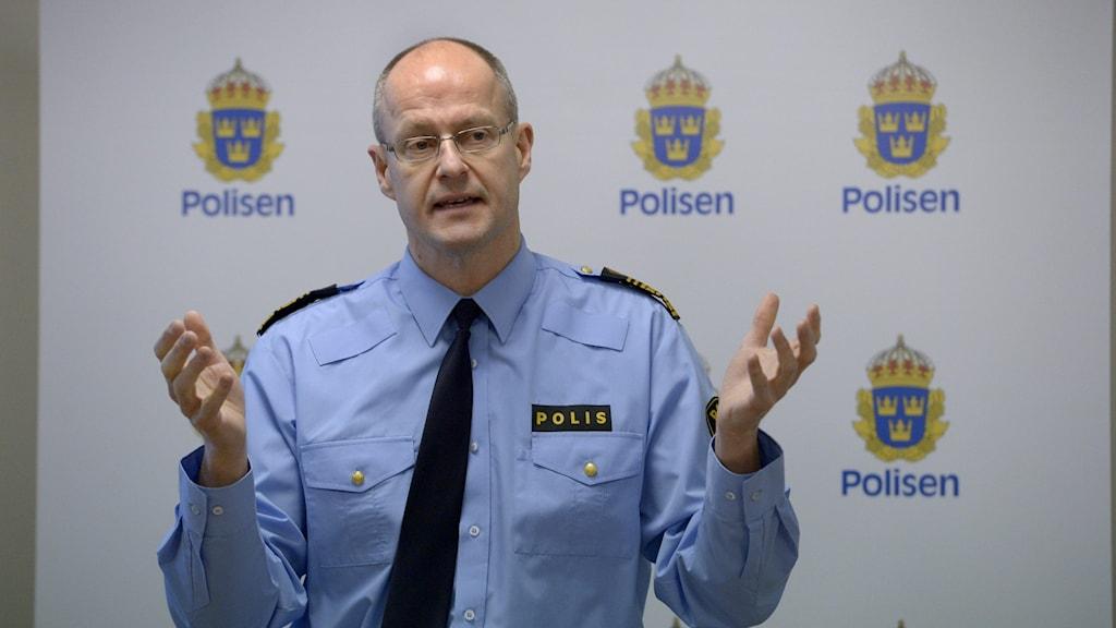 Polis Mats