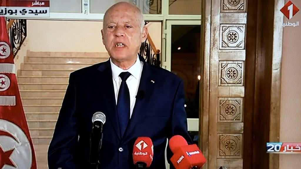 Tunisiens president Kaïs Saïed håller ett tv-tal (bild från 20 september)