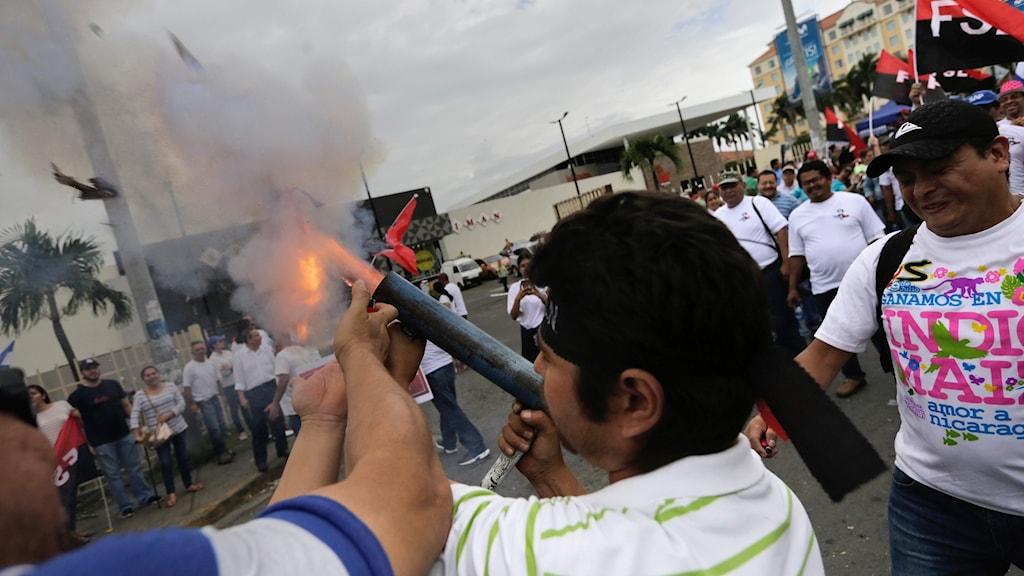 Stöddemontranter i Nicaragua.