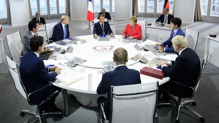 Världens ledare, däribland franske presidenten Emmanuel Macron, under G7-mötet.