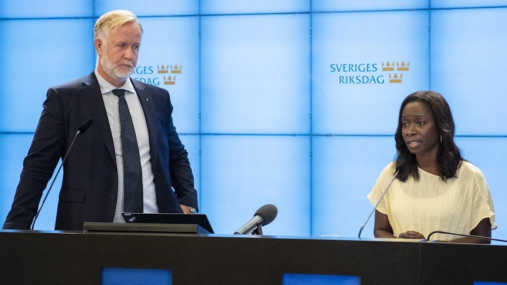 Liberalernas partiledare Nyamko Sabuni och gruppledare Johan Pehrson.
