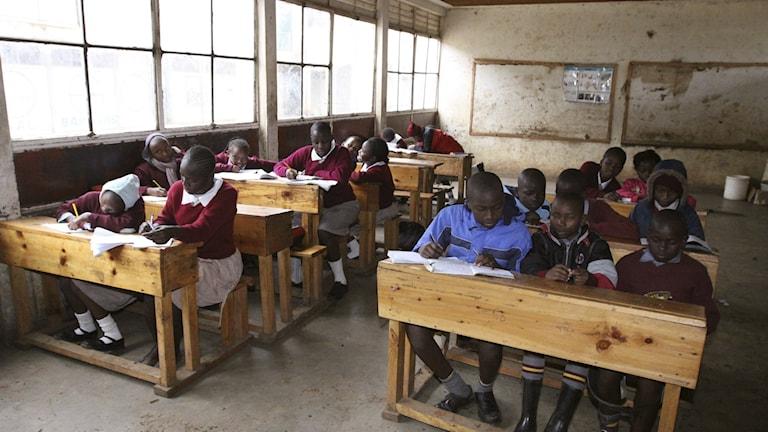 Större möjligheter för flickor att gå klart skolan