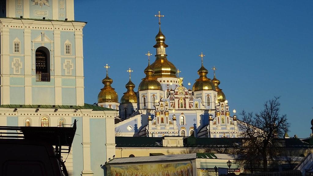 Religionens betydelse och roll har stärkts i de postsovjetiska länderna, här Mikaelklostret i centrum av Kiev. Foto: Maria Persson Löfgren