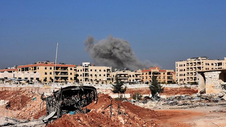 Bombningar i västra delen av Aleppo.