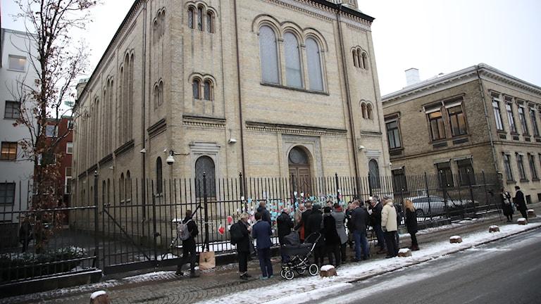 HD utvisar man efter attack mot synagoga