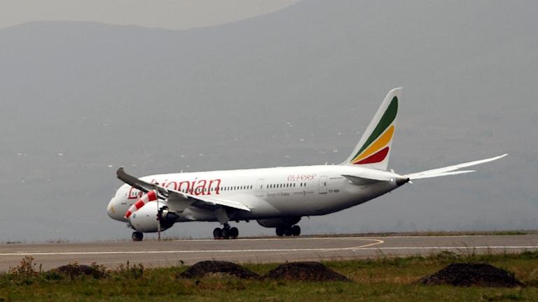 Ett plan från Ethiopian Airlines redo för avgång