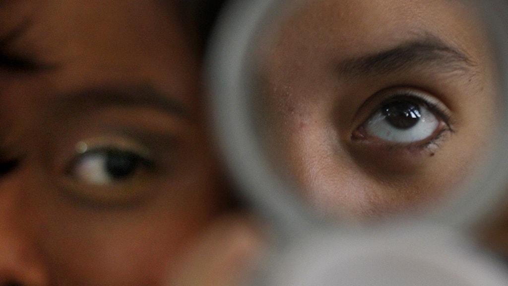 Lavinartad ökning av könsdysfori hos flickor