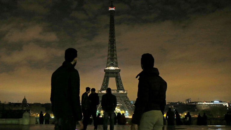 The Eiffel Tower went dark for a minute to mark the attack in Stockholm