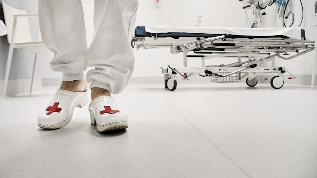 sjuksköterska i sjukhusmiljö