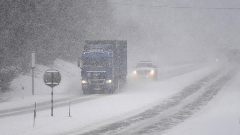 Snöoväder Hudiksvall.