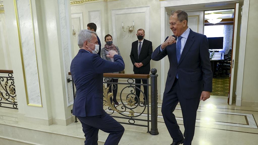 Rysslands utrikesminister Sergej Lavrov och Finlands utrikesminister Pekka Haavisto.