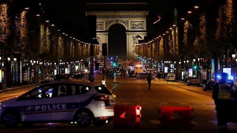 Champs-Élysées den 20 april