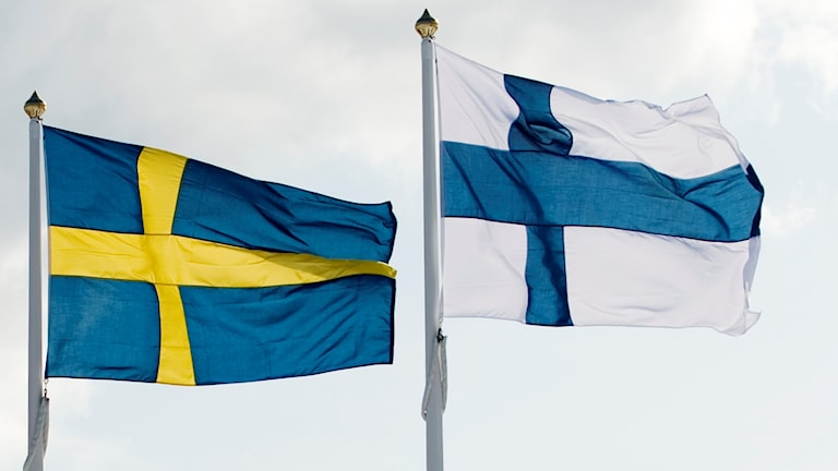 Sveriges och Finlands flaggor