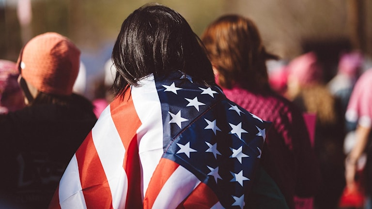 Från och med i höst riskerar den som har laglig rätt att tillfälligt bo och jobba i USA, att så småningom tvingas lämna landet. I alla fall om de använder sig av något av de amerikanska skattefinansierade välfärdssystemen.