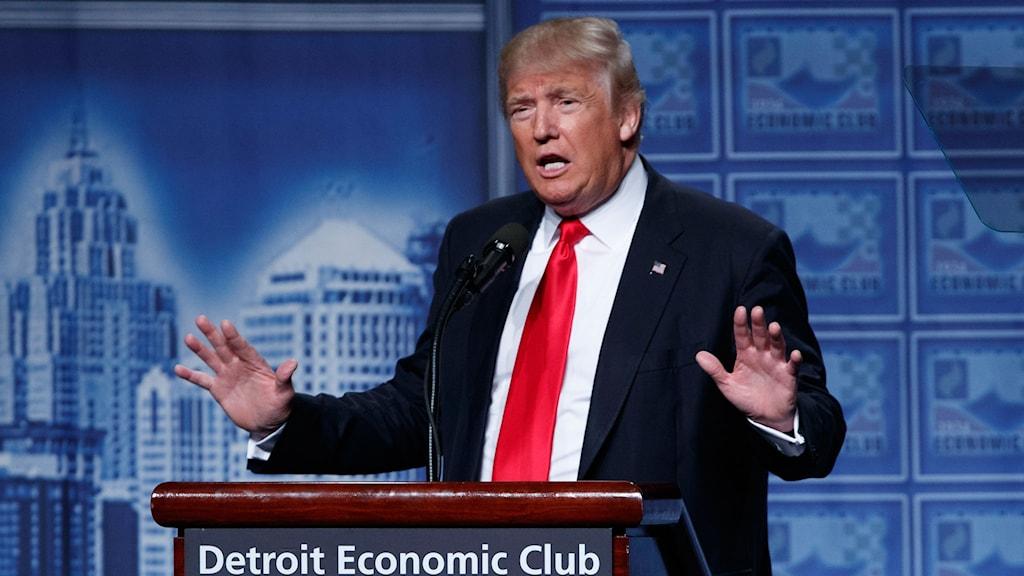 Svidande kritik från de egna mot Donald Trump