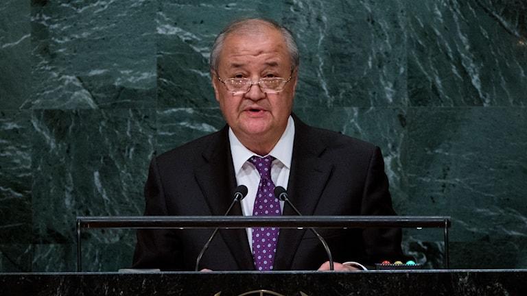 Abdulaziz Kamilov, Uzbekistans utrikesminister
