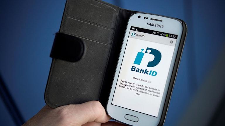 Bankid app i telefon.