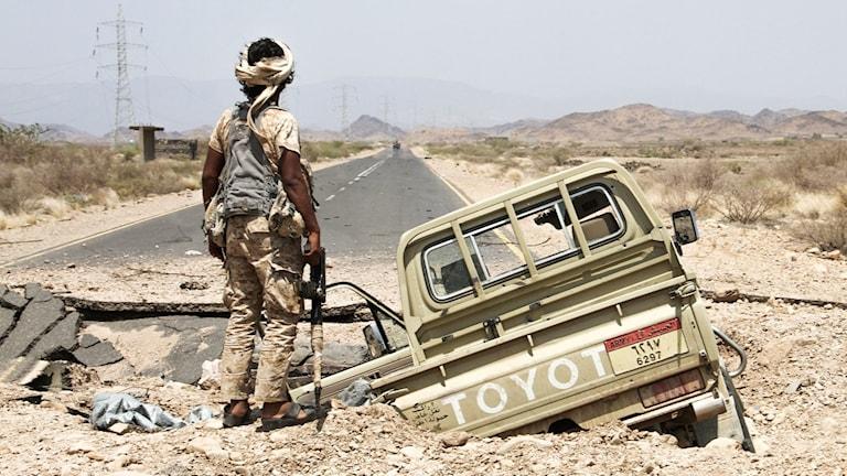 Stridande man i Jemen för Saudi-stödda fraktionen