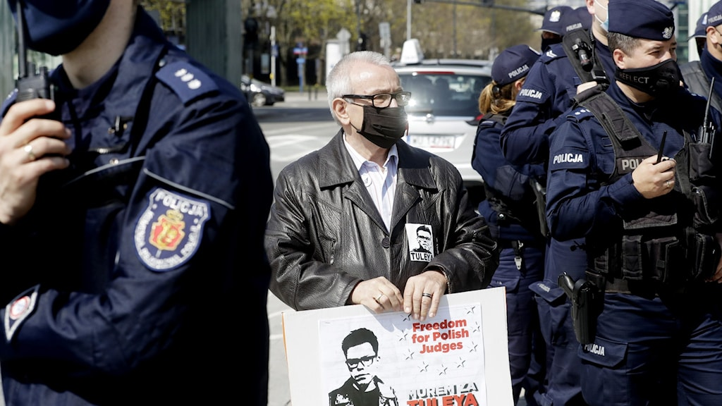 Protester utanför Polens högsta domstol