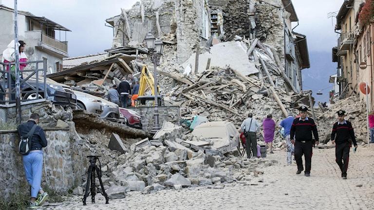Flera skadade byggnader