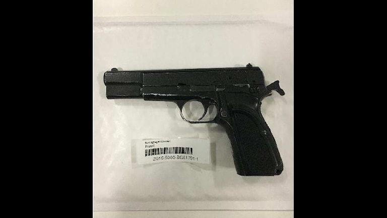 Pistolen som använts vid tolv skjutningar i Stockholmsområdet.