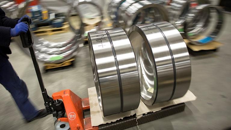 Det går bra för industrin (här: SKF:s fabrik i Göteborg). Foto: Björn Larsson Rosvall/TT.