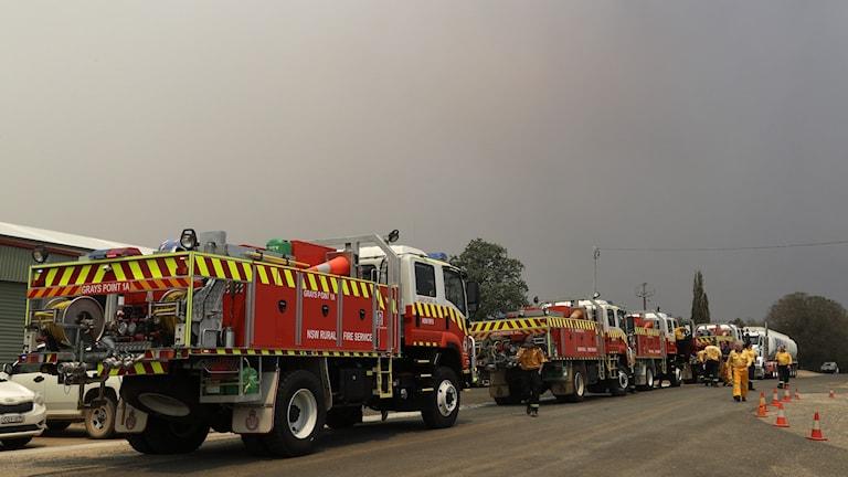 Rök från bränder i Michelago utanför Canberra.