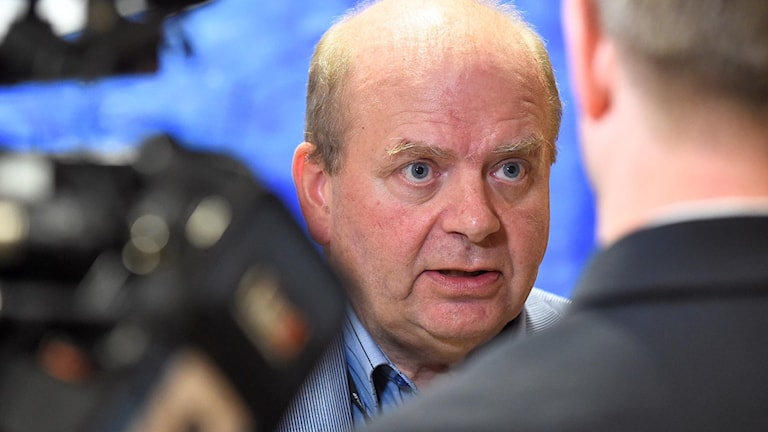 Personer i Centerledningen försökte få Eskil Erlandsson att avstå från att kandidera i riksdagsvalet 2018.
