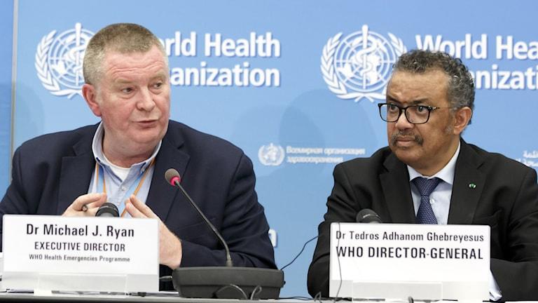 Michael Ryan tillsammans med WHO:s generaldirektör Tedros Adhanom Ghebreyesus.