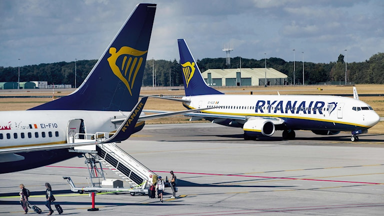 Två Ryanair-plan.