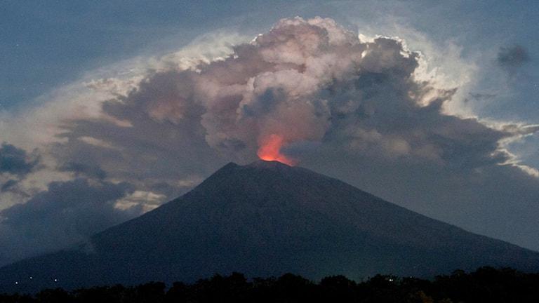 Vulkanan Agung på Bali i Indonesien den 29 juni.