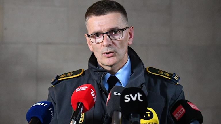 KÖPENHAMN 20180928  Danske chefspoliskommissarien Jørgen Bergen Skov håller pressträff om den omfattande polisinsats på Själland