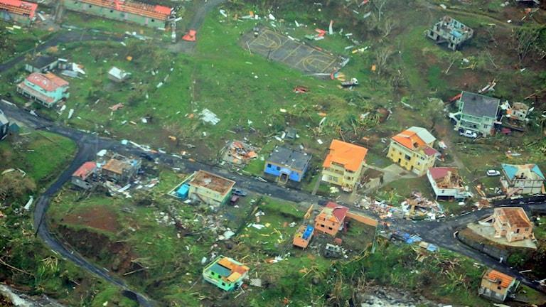 Flygbild över Dominica från 19 september.
