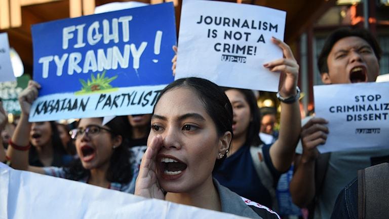 Demonstration till stöd för journalisten Maria Ressa i Filippinernas huvudstad Manilla.