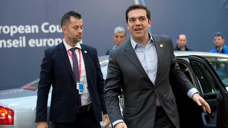 Alexander Tsipras anländer till EU-toppmötet den 15e december